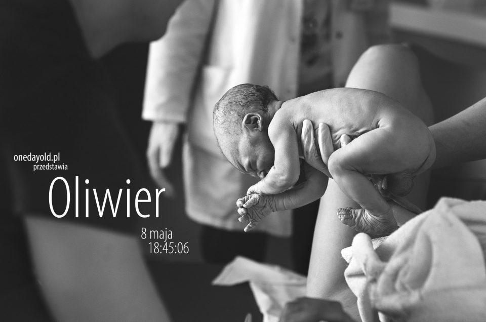 Oliwier | Zdjęcia z narodzin | Żelazna Szpital św. Zofii Warszawa